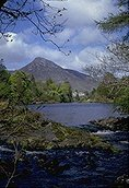 Ireland-vacations-mountain-view